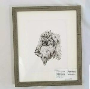 Greenbox The Bison's Good Side Wall Art Home Decor